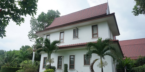4br-house-sale-koh-chang-east-coast-side-view