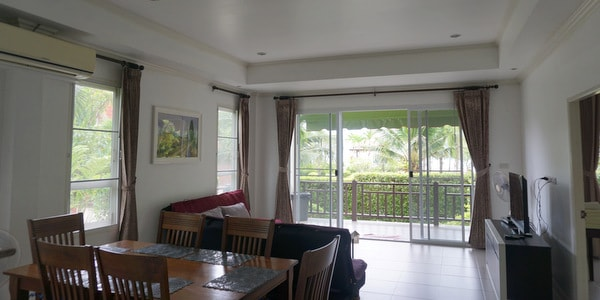 4br-house-sale-koh-chang-east-coast-sitting-room-1