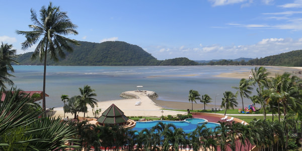 aiyapura-resort-koh-chang-pool