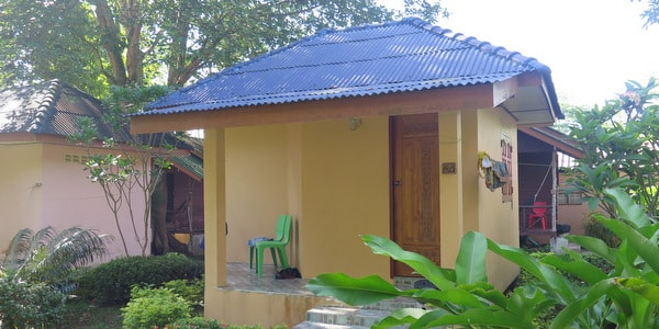 backpacker-bungalows-resort-sale-koh-chang