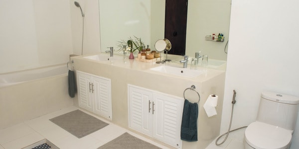 Balinese-villa-sale-koh-chang-bathroom