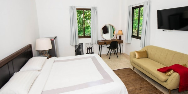Balinese-villa-sale-koh-chang-bedroom