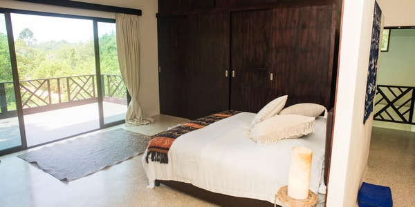 Balinese-villa-sale-koh-chang-master-bedroom