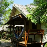 yak-bungalows-bang-bao-beach-klong-goi-koh-chang-bungalows