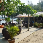 the-beach-bang-bao-beach-klong-goi-restaurants