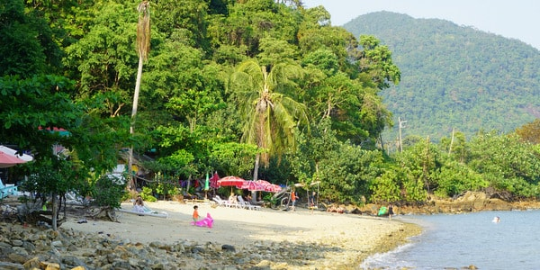 hat-sai-noi-beach-koh-chang