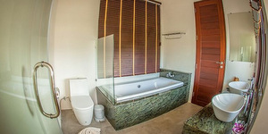 bhu-tarn-resort-koh-chang-main-bathroom