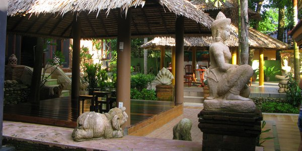 boutique-resort-for-sale-pearl-beach