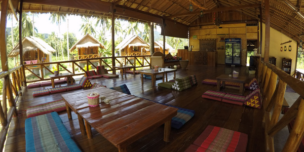 koh-chang-bungalows-resort-for-sale-restaurant-bungalows