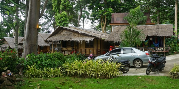 bungalow-resort-shop-sale-koh-chang-parking