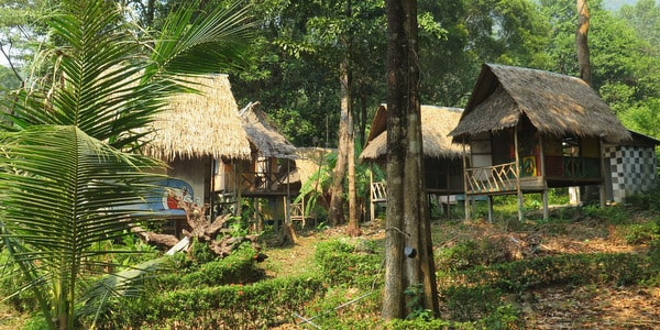 bungalow-resort-sale-koh-chang-huts