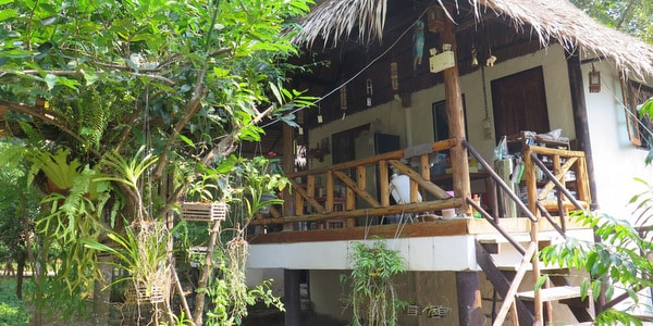 bungalow-resort-sale-koh-chang-staff