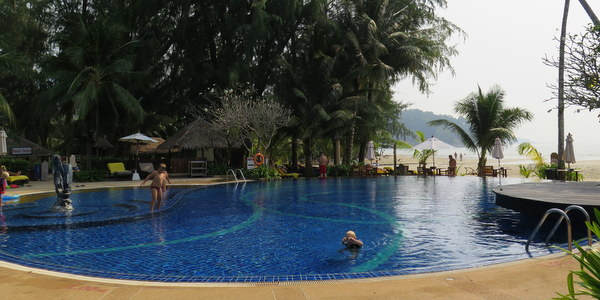 centara-koh-chang-tropicana-resort-pool