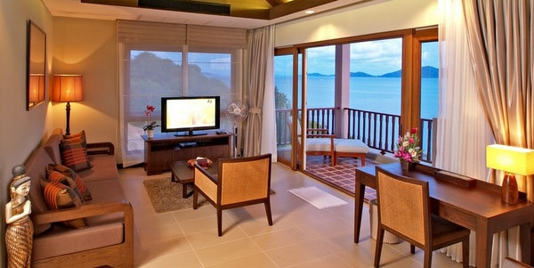 penthouse-condos-sale-koh-chang-living-room