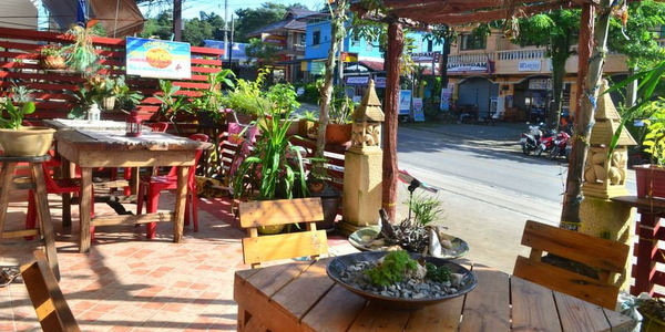 guesthouse-restaurant-sale-koh-chang-exterior
