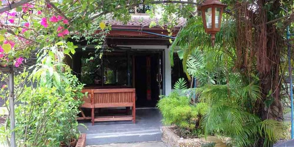guesthouse-suite-restaurant-sale-koh-chang-front