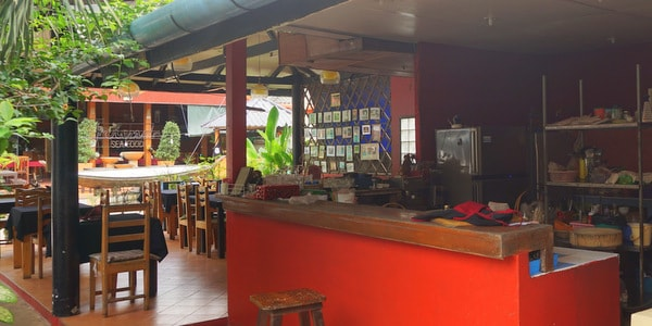 guesthouse-sale-koh-chang-west-coast-restaurant