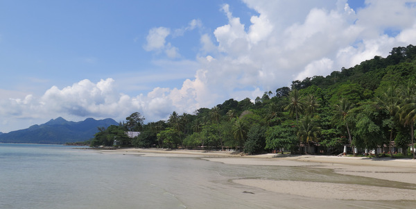 kai-bae-beach-koh-chang