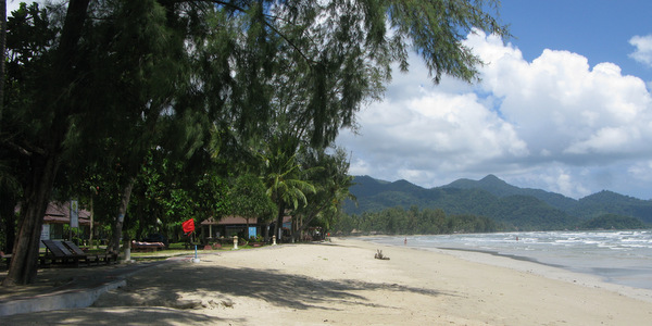 klong-prao-beach-koh-chang-aana-bar