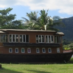 koh-chang-cruise-ship-bang-bao-beach-boat