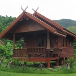 phet-luran-thai-klong-son-koh-chang-resorts