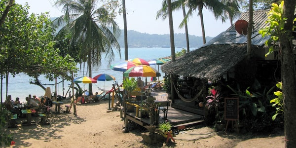 bang-bao-beach-restaurants-koh-chang