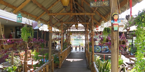 klong-prao-beach-restaurants-koh-chang