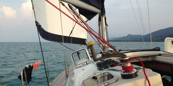 Aello Yachting Koh Chang Sailing