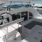 Lagoon-380-catamaran-deck