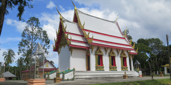 north-west-beaches-koh-kood-ao-tapao-temple