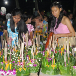 loy-krathong-in-koh-kood-thailand-culture-2