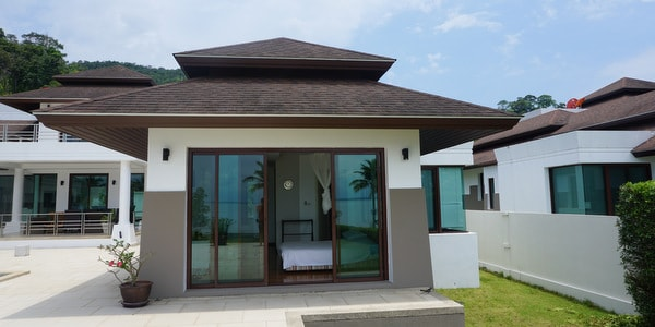 luxury-villa-sale-koh-chang-east-coast-bedroom-exterior
