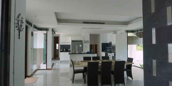 luxury-villa-sale-koh-chang-east-coast-dining-room