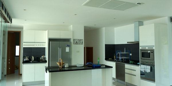 luxury-villa-sale-koh-chang-east-coast-kitchen