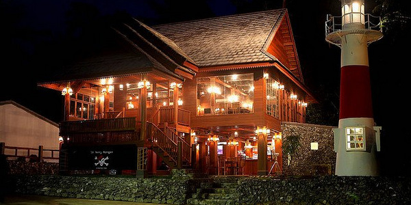 pub-restaurant-for-sale-koh-chang-exterior-night