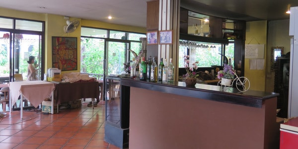 restaurant-apartment-sale-koh-chang-interior