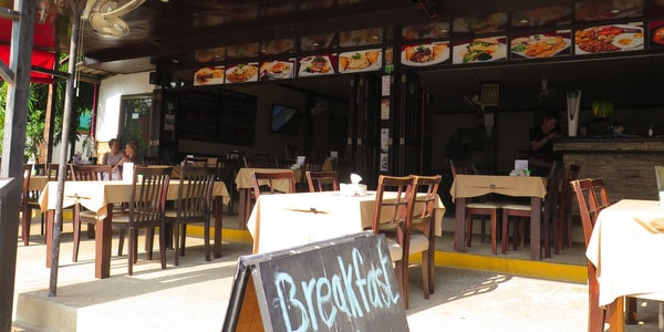 restaurant-sale-koh-chang-exterior-day