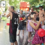 songkran-2017-koh-chang-lonely-beach