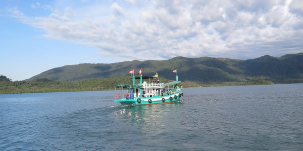 koh-chang-snorkeling-boat-trips