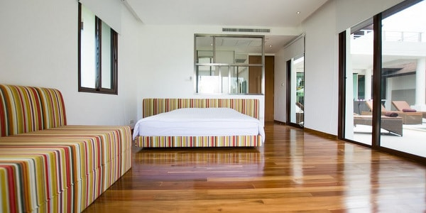 top-villa-sale-koh-chang-master-bedroom-2