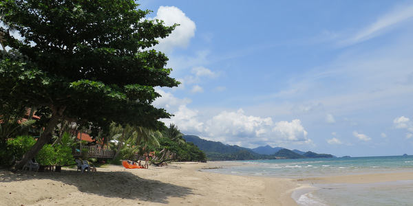 white-sand-beach-koh-chang-north-view
