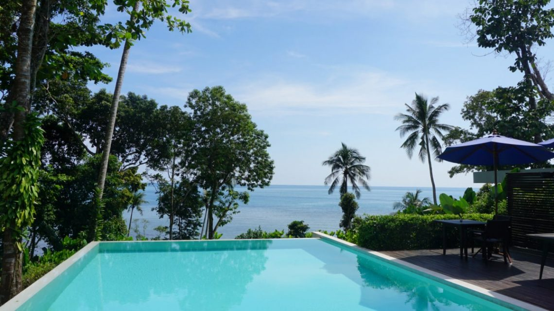 koh-chang-bungalows-nest-sense-resort-lonely-beach