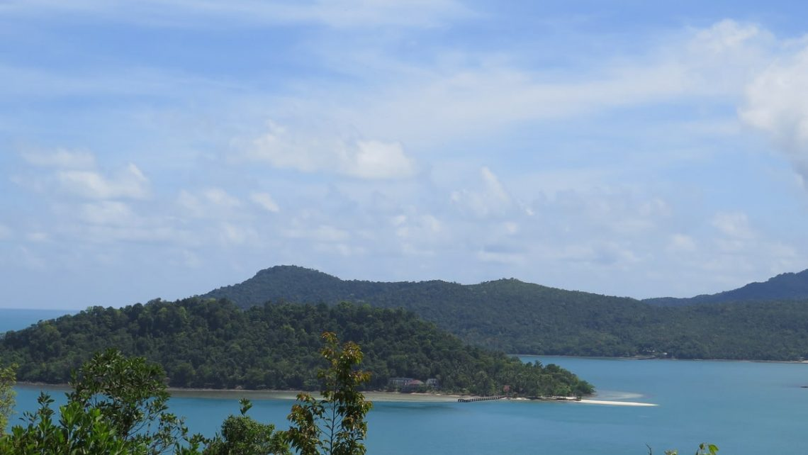 koh-chang-islands-from-long-beach
