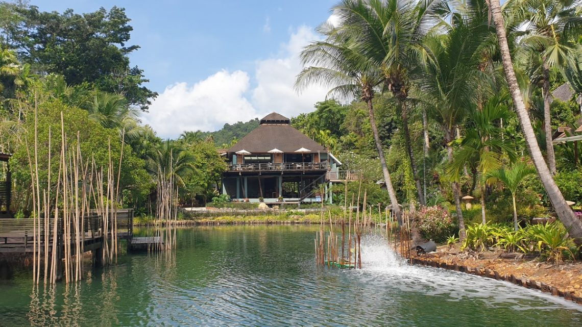 koh-chang-resorts-east-coast